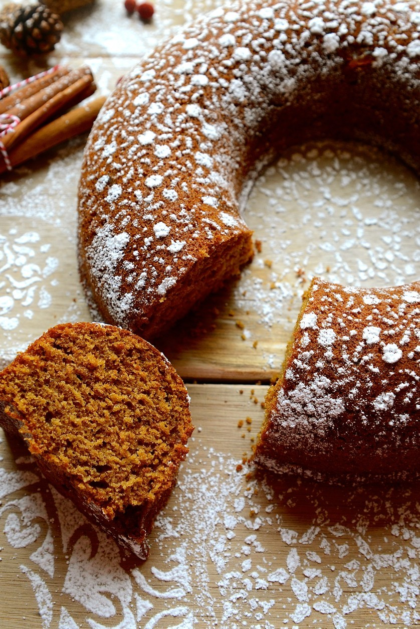 Gingerbread Bundt cake | Bibby's Kitchen Christmas baking recipes