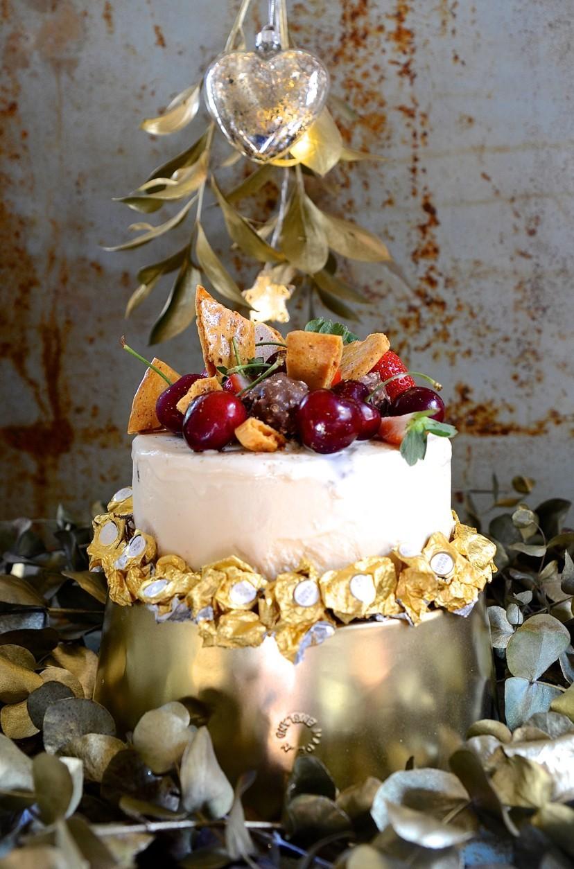 Ferrero Rocher ice cream cake with hazelnut liqueur | No churn ice cream recipes