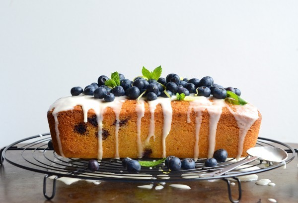 Blueberry semolina tea loaf with lemony drizzle|Cake Friday recipes