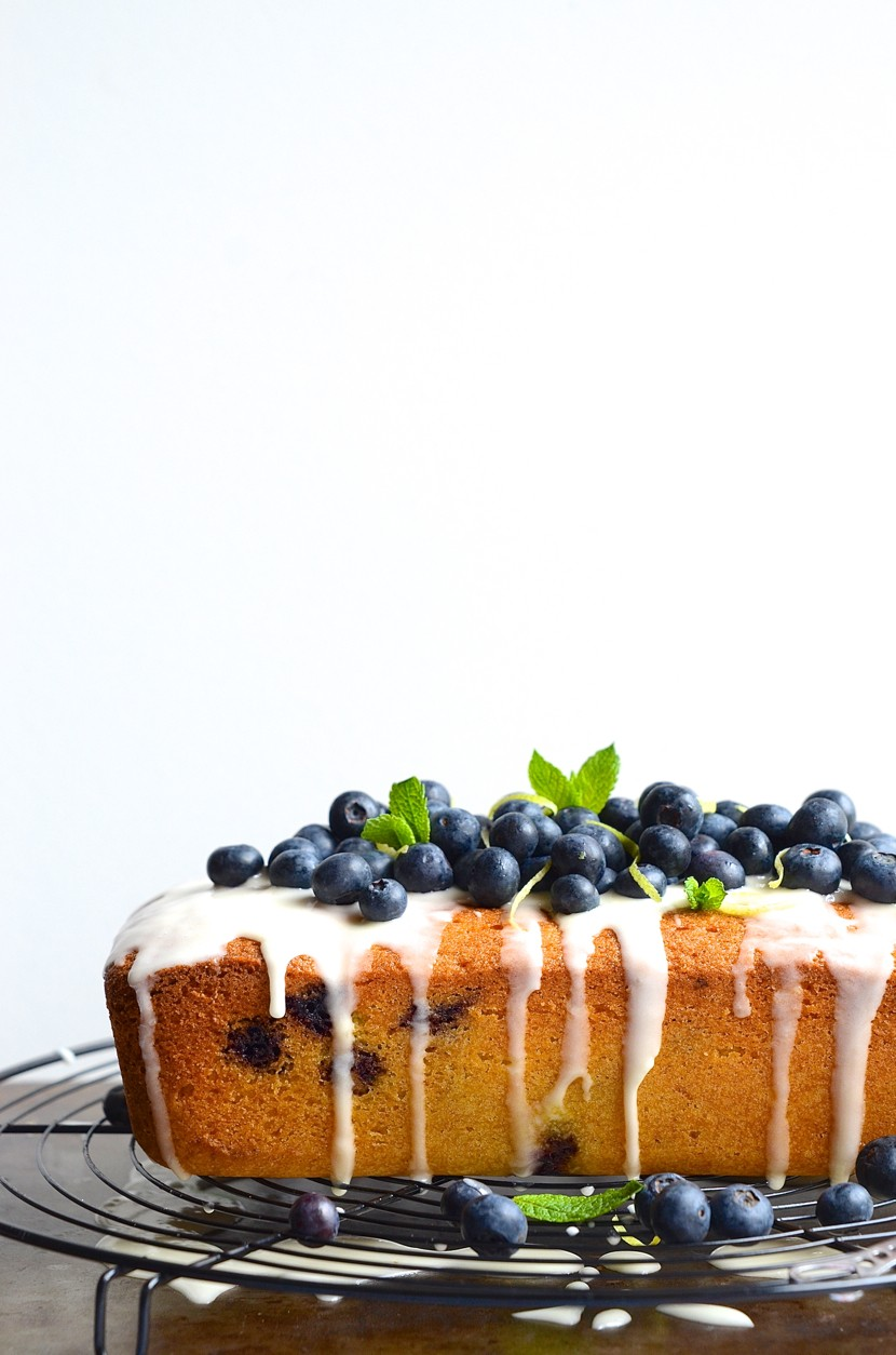 Blueberry semolina tea loaf with lemony drizzle | Cake Friday recipes