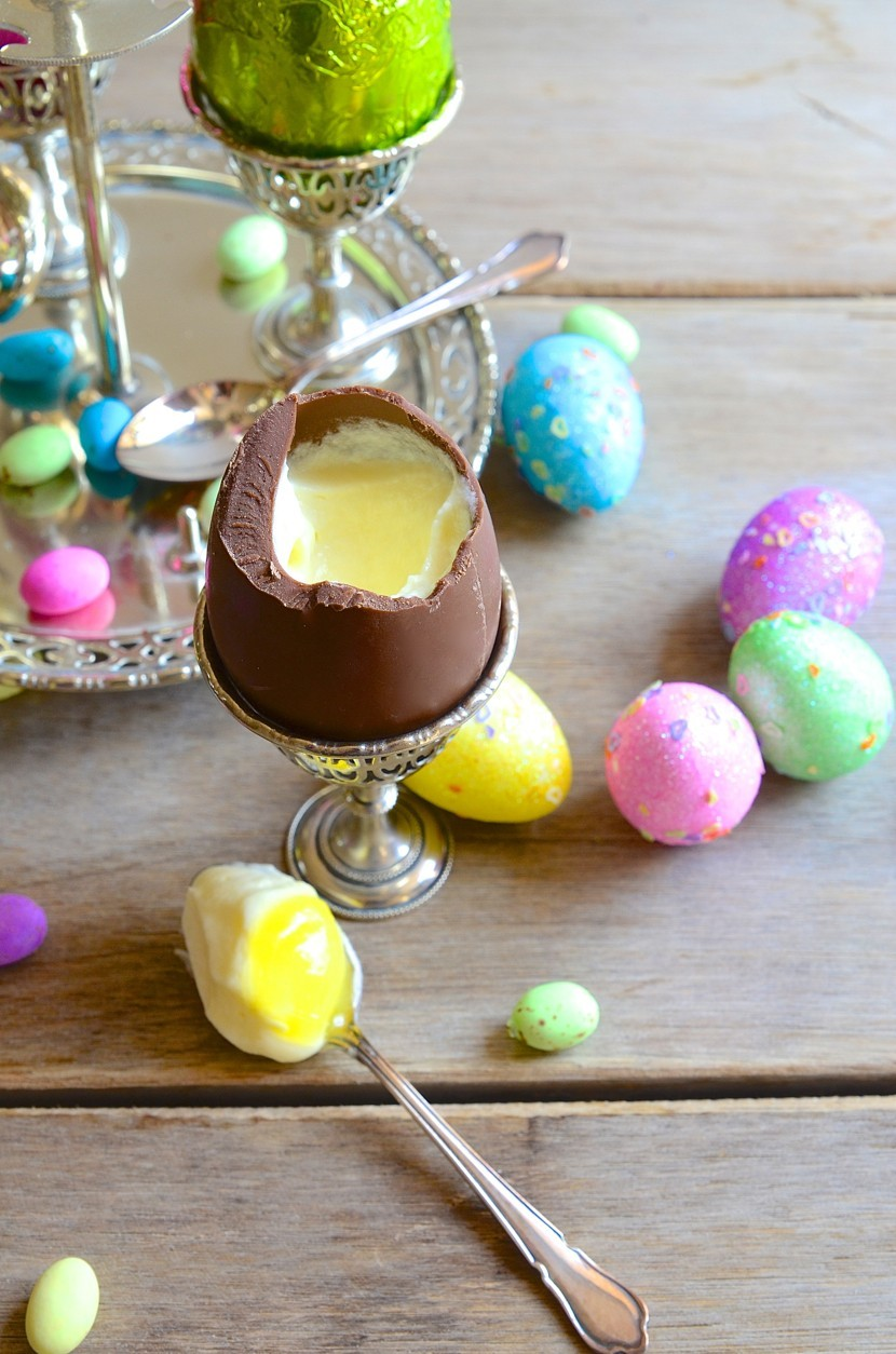 Easter egg cups with white chocolate mousse