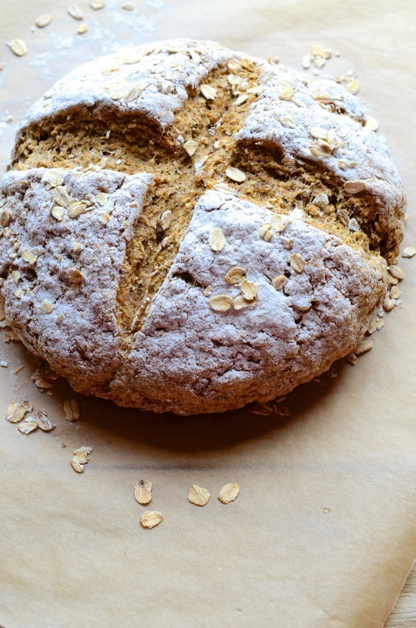 Soda bread with walnuts and oats & grape preserve