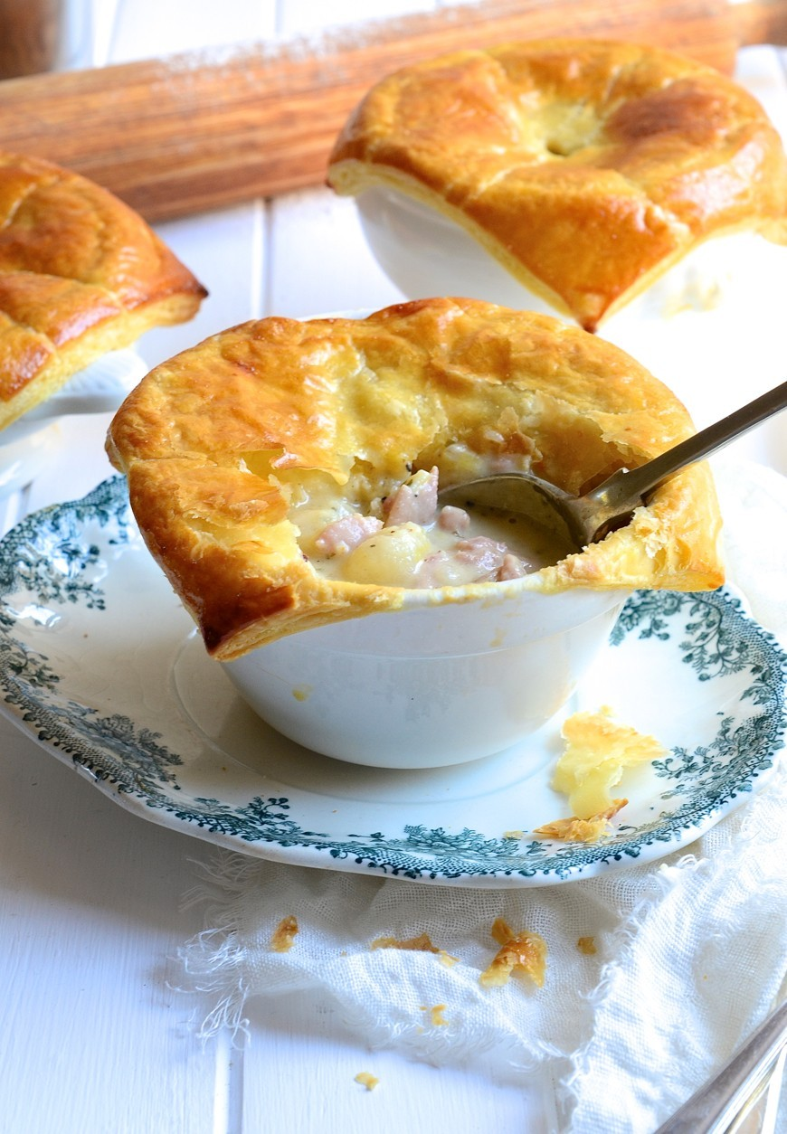 Chicken pot pies with leeks and bacon | Bibbyskitchen recipes