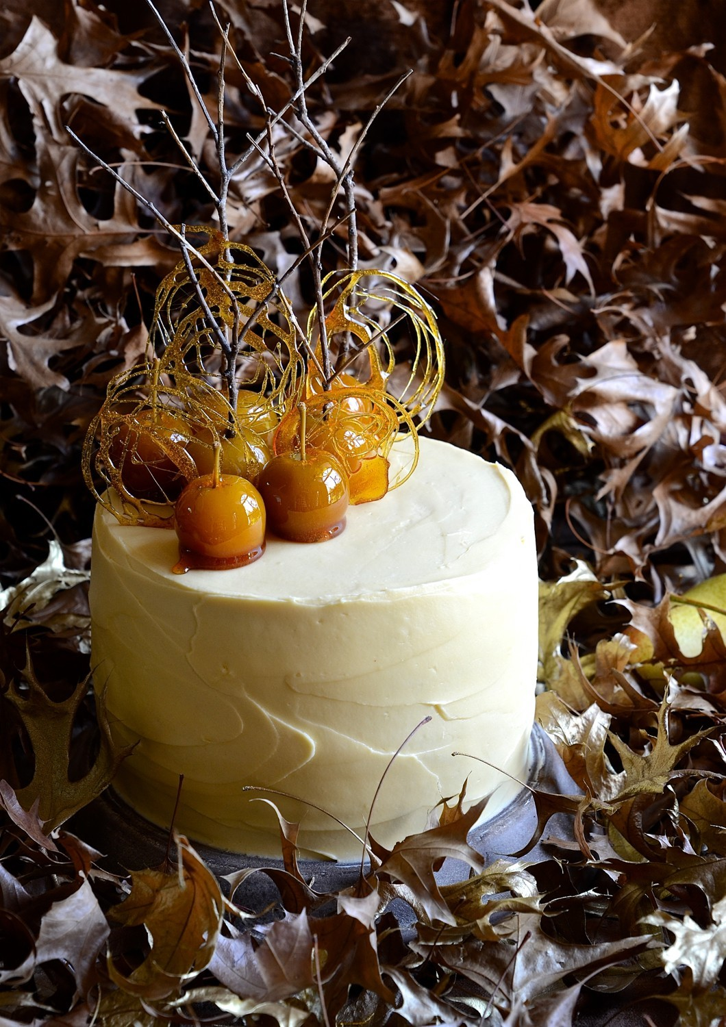 Pear and apple cake with maple frosting