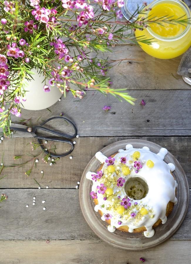 Lemon curd poppy seed Bundt cake|royal icing