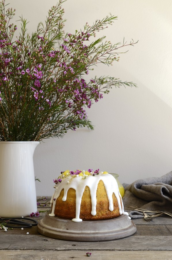 Lemon curd poppy seed Bundt cake | Bibbyskitchen cake recipes