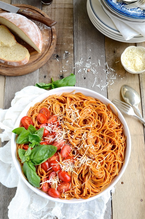 Spaghetti with roasted tomato sauce|easy pasta sauce