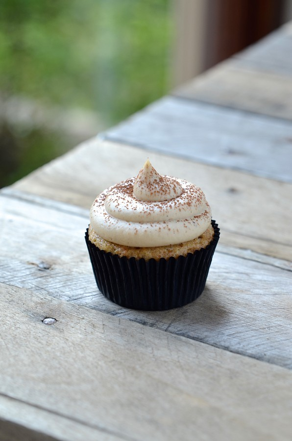 Healthy Banana muffin cupcakes|peanut butter frosting
