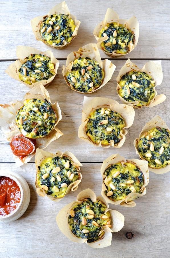 Cheesy spinach and zucchini muffins