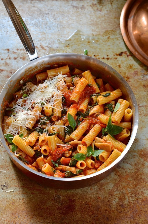 20-minute chicken and spinach pasta   Easy pasta recipes