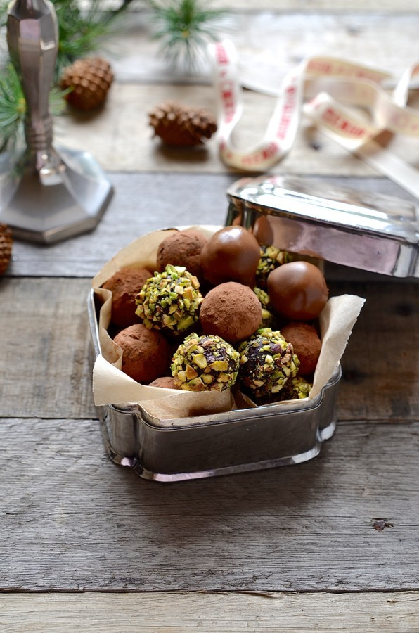 Coconut cream chocolate truffles