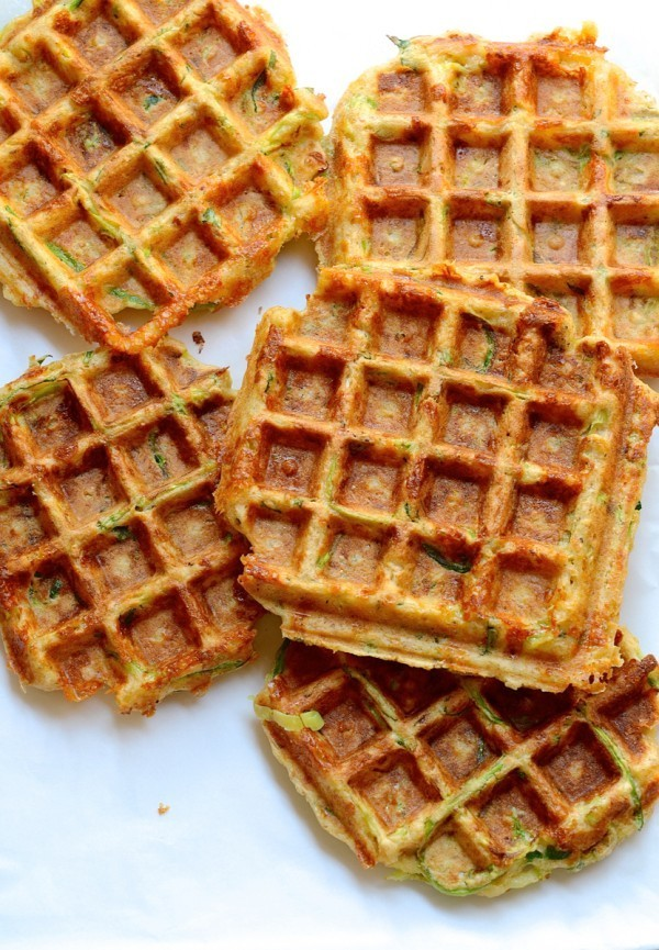 The best cheesy vegetable waffles