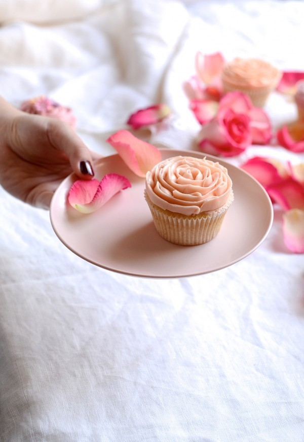 Vintage vanilla cupcakes with lemon curd buttercream | Bibby's Kitchen