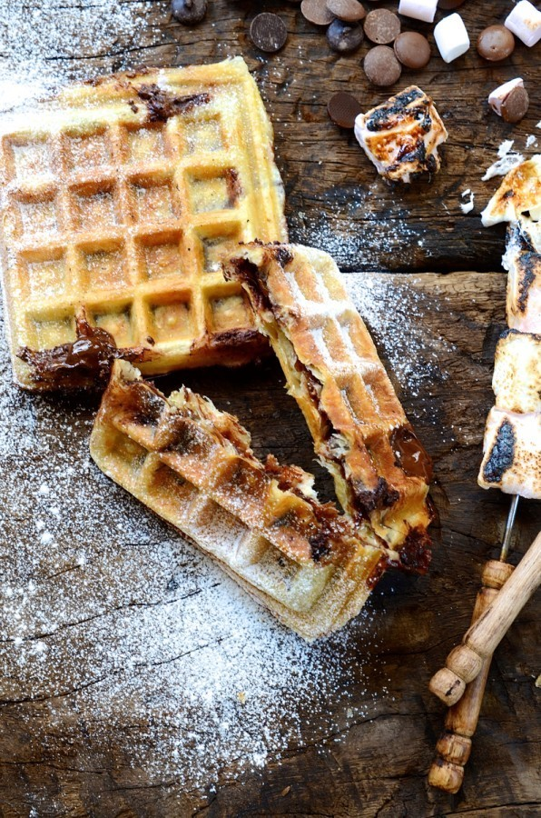 Puff pastry S'mores waffles | How to make s'mores in a waffle machine
