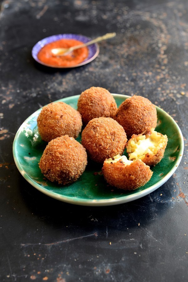 Golden Saffron Arancini | Bibbyskitchen recipes | Appetisers