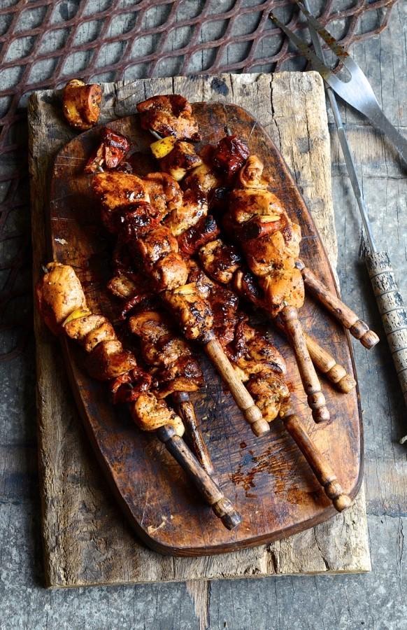 Lemon and herb chicken kebabs | Braai day recipes | Bibbyskitchen