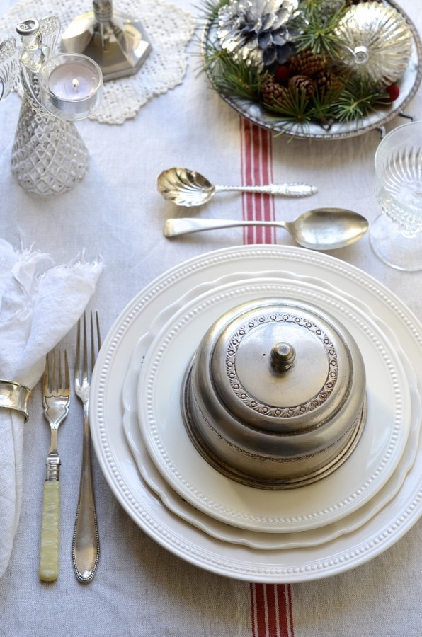 Festive table settings for the holidays, Bibbyskitchen, Christmas decor