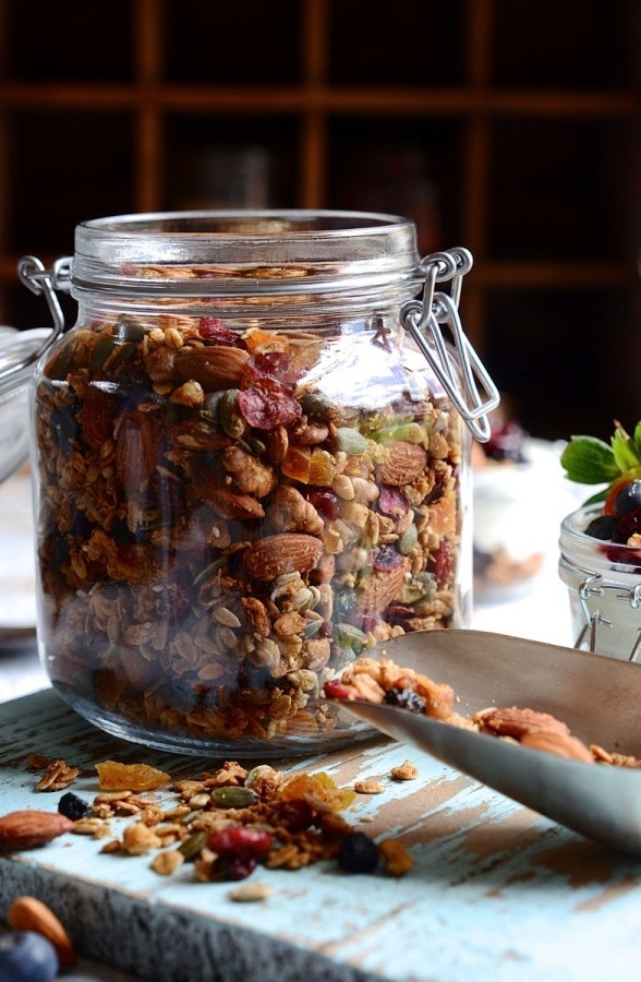Everyday nut and honey granola | Bibbyskitchen recipes | Breakfast