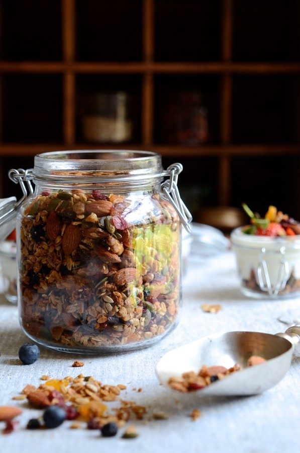 Everyday nut and honey granola | Best Homemade granola recipe