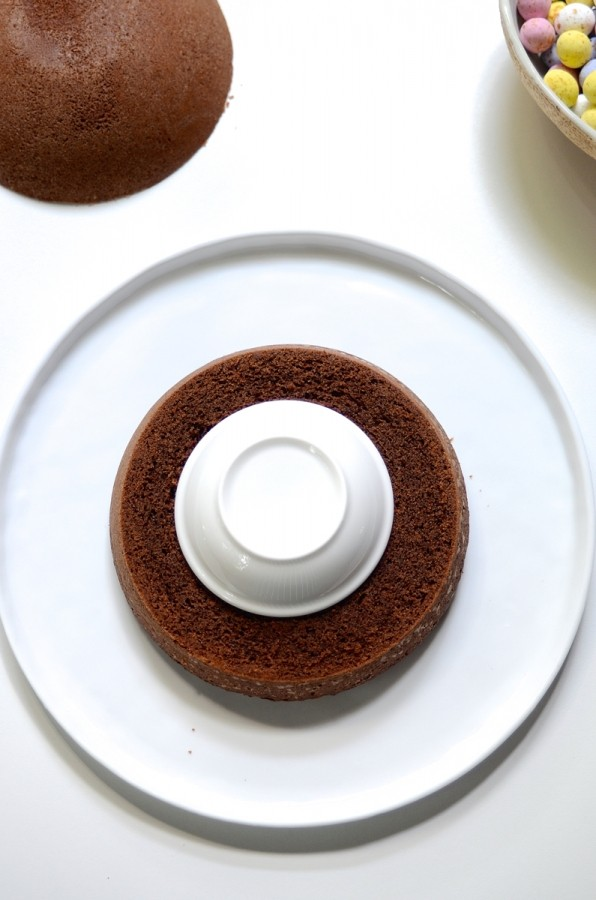 Chocolate Easter egg surprise cake | Bibbyskitchen Easter baking recipes
