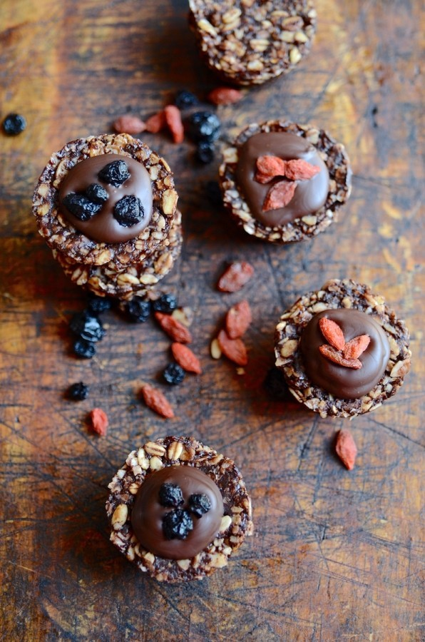 No bake oat and chocolate cookie cups   Healthy treats
