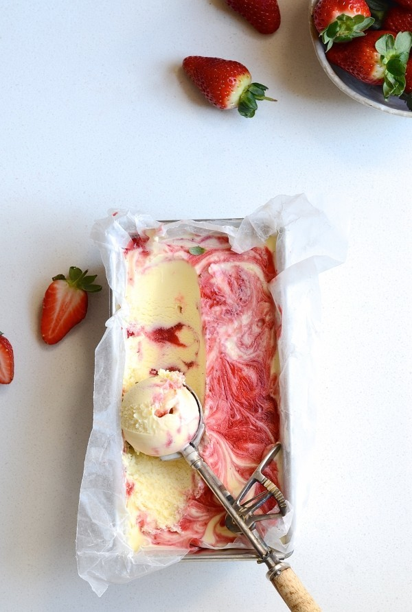 Gin and strawberry swirl ice cream | Bibbyskitchen ice cream recipes