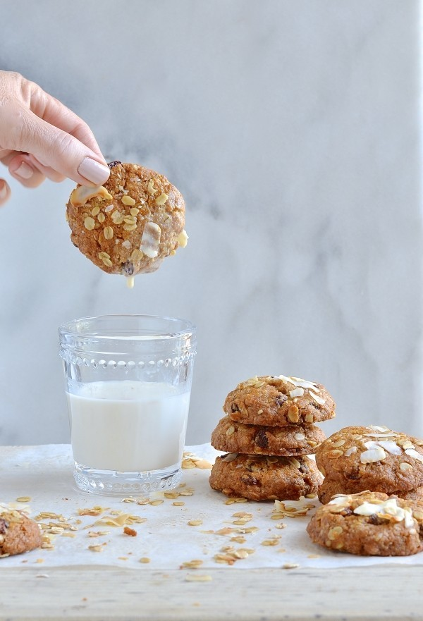Tahini breakfast cookies | Bibbyskitchen vegan recipes