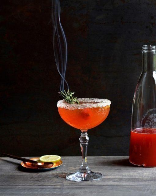 Strawberry-Limoncello-mojito-cocktails