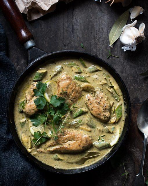 Zucchini and pesto chicken casserole