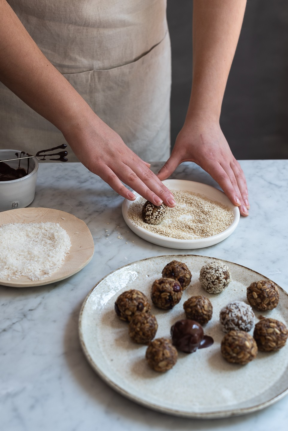 Almond butter and oat snack balls | Bibbyskitchen @ 36 | Healthy treats