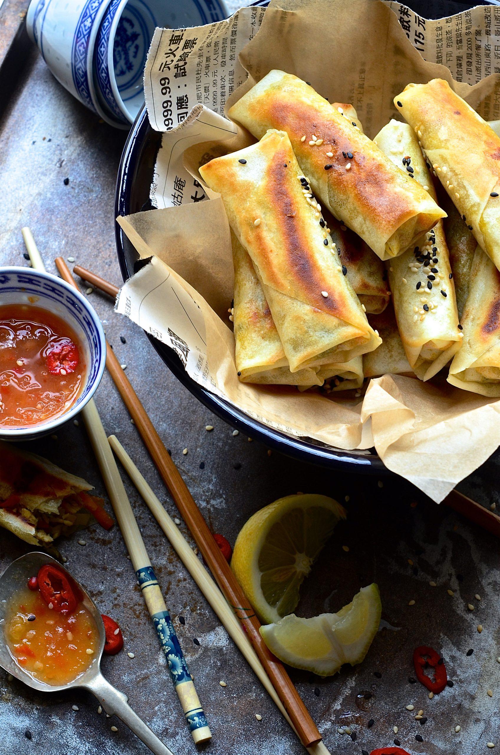 Oyster sauce chicken spring rolls