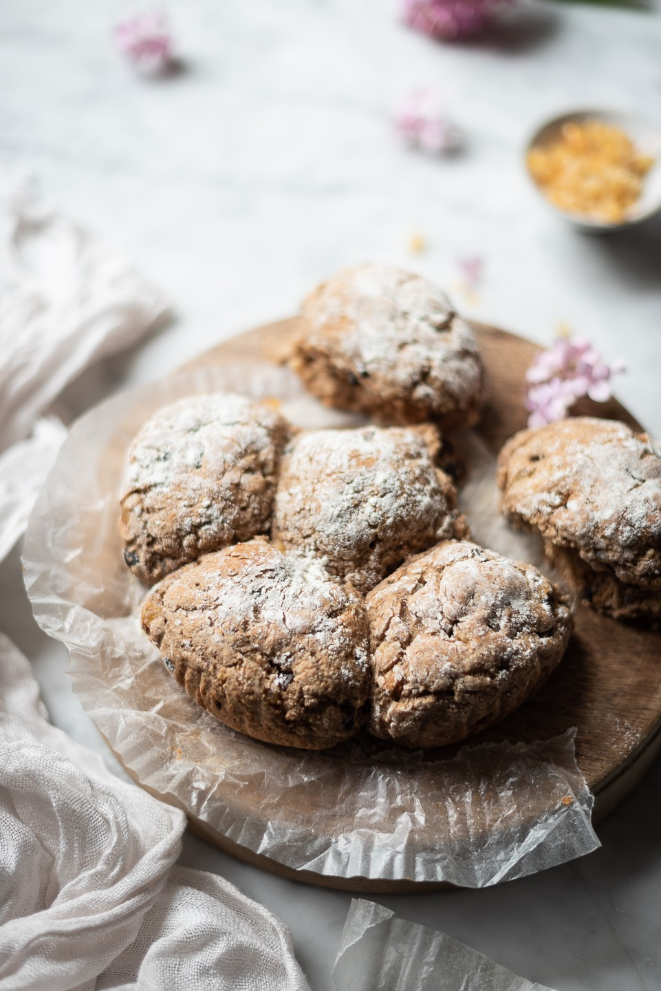 Spicy hot cross bun soda bread | Bibbyskitchen Bread recipes