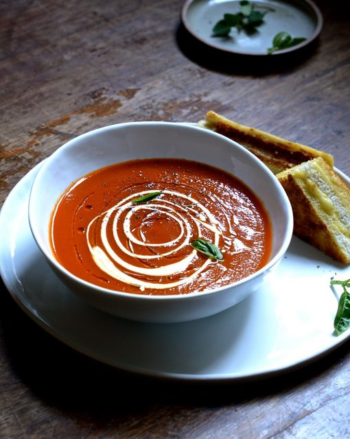 A simple sundried tomato soup