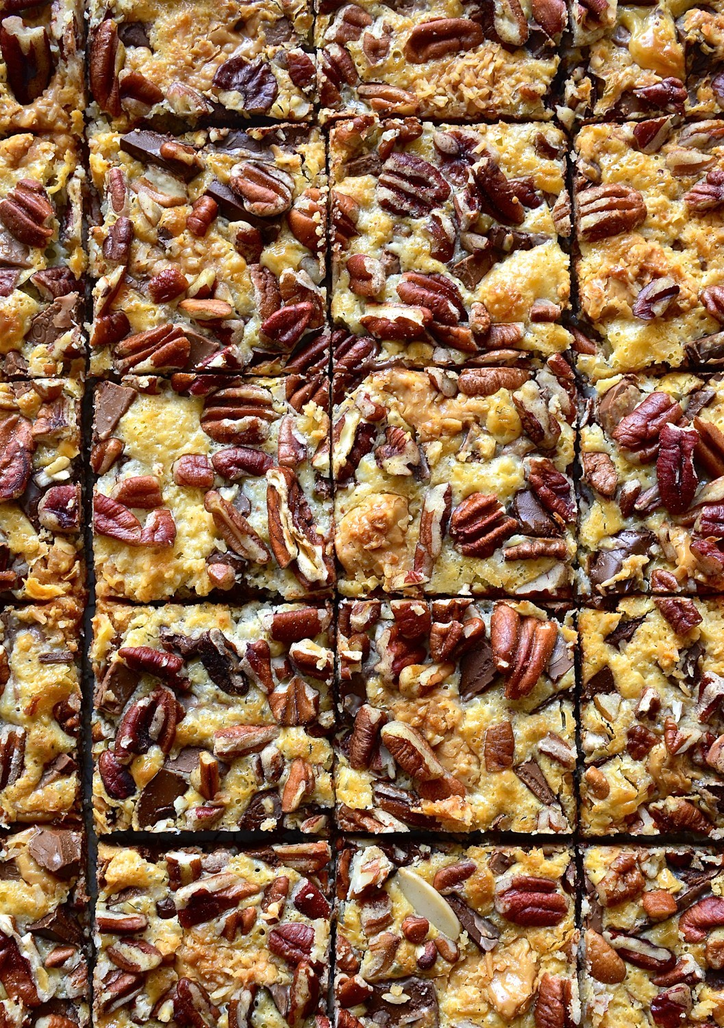 Peanut butter and caramel-toffee chocolate bars | Bibbyskitchen recipes