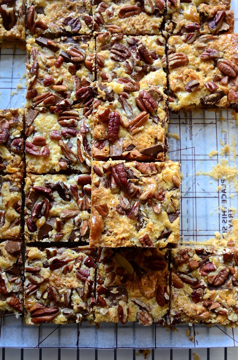 Peanut butter and toffee-caramel chocolate bars