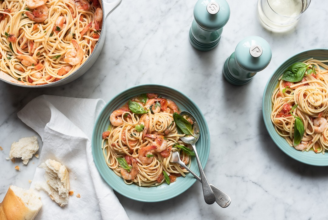 Linguini with shrimp and fresh tomato sauce | Bibbyskitchen recipes