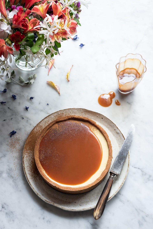 Milk tart cheesecake with Rum caramel