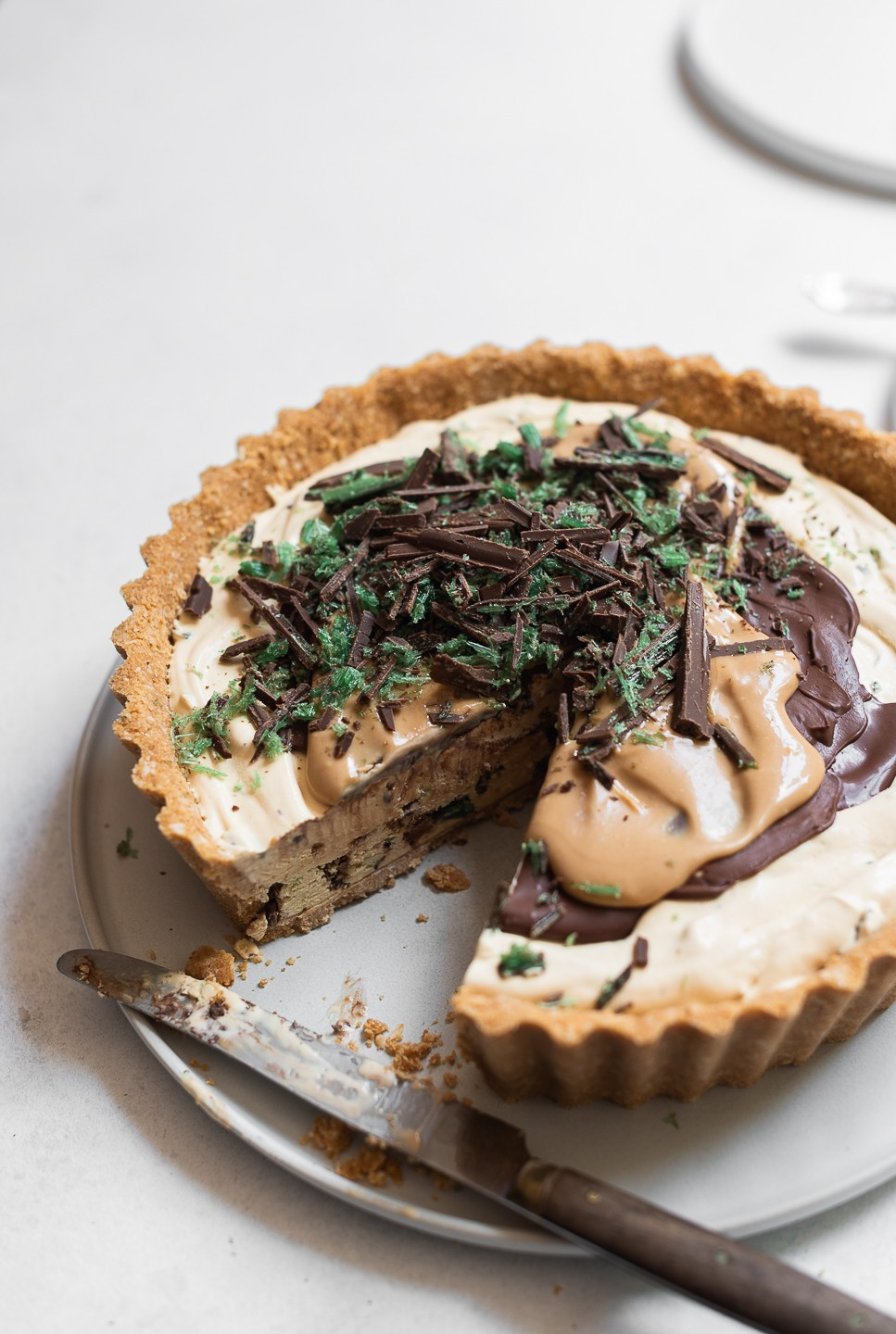 Frozen Peppermint crisp pudding pie