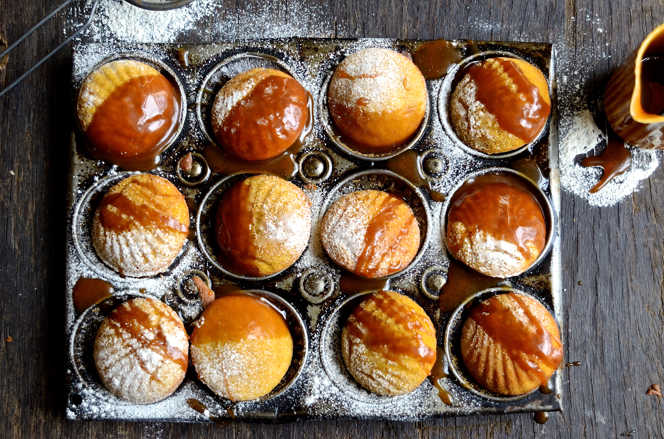 Pumpkin madeleines with caramel drizzle