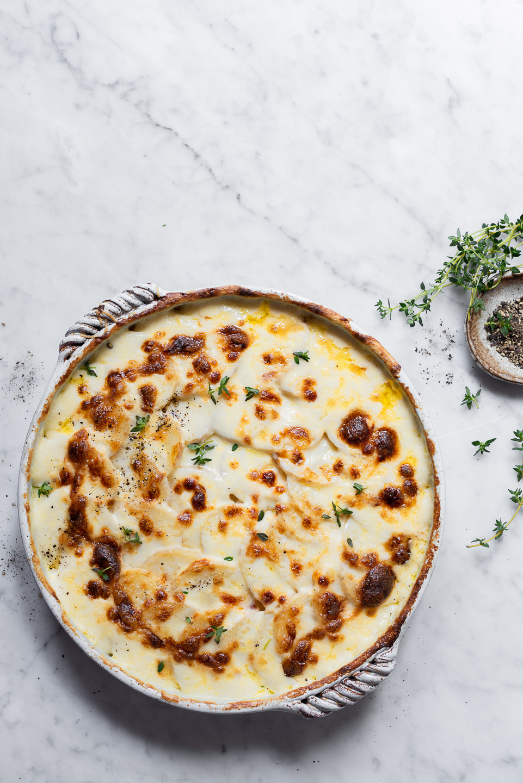 Garlic cream scalloped potatoes