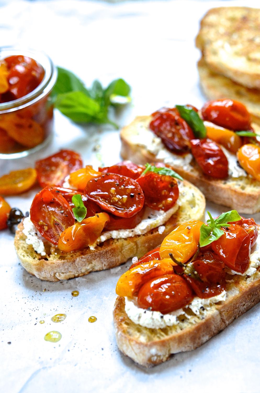 Candied tomato Bruschetta