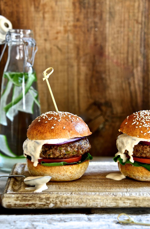 Best Hamburgers with Chipotle Mayo
